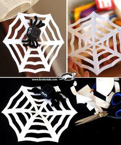 Nosso Espaço Educando: Como fazer uma teia de aranha em saco plástico.