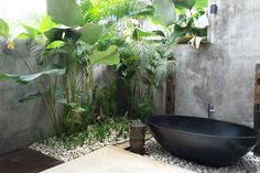 Your Own Personal Spa - Outdoor Bathtubs We Wouldn't Be Able To Get Out Of - Photos
