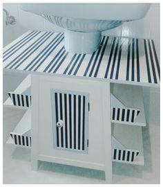 Mueble infantil para lavabo con pedestal/ Pedestal sink storage cabinet for kid's bathroom