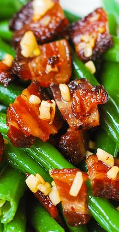 Garlic and Bacon Green Beans sauteed in olive oil and butter #Thanksgiving #holidays