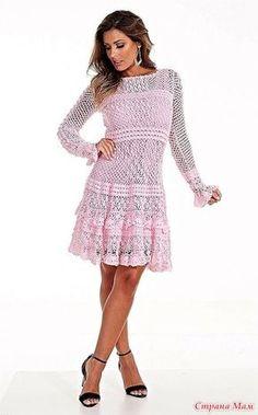 Это платье смотрится очень нежно и нарядно! 5 мотков Круг Клио 5 цвет 3031 (розовый) Крючком 1,25мм. http://www.circulo.com.br/
