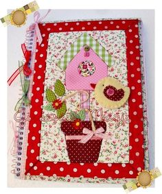 Caderno em Patchwork embutido. Altered notebook.  Notebook. Cuaderno decorado. Libro alterado. Book.