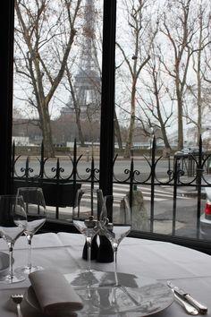 Soulmate24.com Antoine Restaurant, Paris Mens Style