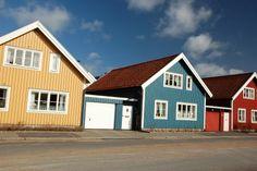 Karlskrona #Sverige Shed, Outdoor Structures, Cabin, House Styles, Home Decor, Karlskrona, Decoration Home, Room Decor, Cabins