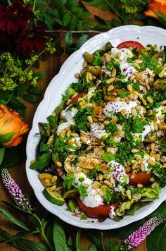 low carb Rezept für die schnelle Feierabendküche: gefüllte Paprika mit Hüttenkäse