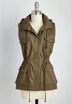 High-Trail It Outta Here Vest. When the mountains call, youll be snapping into this anorak vest in a flash! #green #modcloth