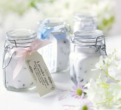 Lavender sugar    Great in shortbread, sprinkled over a sponge or stirred into berries, give jars of lavender sugar as gifts or wedding favours