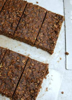 Grain-Free Chocolate Granola Bars made with chestnut flakes instead of oatmeal!