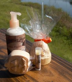 Pumpkin Pie Gift Set, Homemade, Soap, Lotion, Bath Bomb, Lip Balm, Chap-stick by Soapingmama on Etsy  Find me on Facebook, Like my page and share my listings for a chance to win a treat!!!