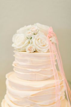 Wedding Cake   See More on SMP -  http://www.StyleMePretty.com/little-black-book-blog/2014/01/06/mint-equestrian-kendall-plantation-wedding/ Mint Photography