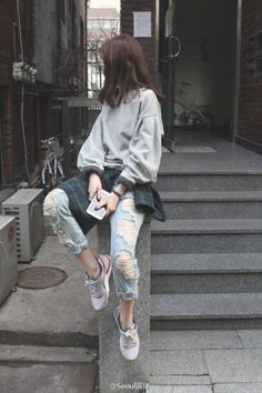 Trendy ideas for casual korean fashion 543 Korean Street Fashion, Asian Fashion, Look Fashion, Trendy Fashion, Fashion Trends, Fashion Ideas, Korea Style Fashion, South Korea Fashion, Fashion Check