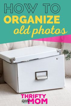 Organize old printed photos with this simple photo organization system. This will help you preserve your important pictures and declutter the unnecessary photographs. Picture Storage, Photo Storage Boxes, Photo Fix, Storage Organization, Organizing Tips, Organising, Foto Fun, Photo Boxes, Old Family Photos
