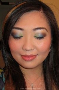 I love this peacock inspired makeup!