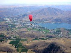 Paragliding in Chelan