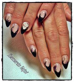 Pointed Nail Art