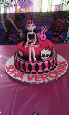 Monster high cake♡