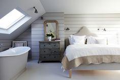 SHOOTFACTORY: / Streatham, LONDON SW16  Like the skylight over tub