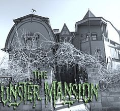 """The """"Munster Mansion"""" in Waxahachie Texas...gotta see this if you're a Munsters fan."""