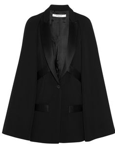 Les plus belles capes de l'hiver 2015 Cape Givenchy sur Net-a-porter, 1 690€