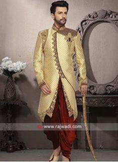 Stylish Golden Color Sherwani For Wedding Sherwani For Men Wedding, Wedding Dresses Men Indian, Groom Wedding Dress, Sherwani Groom, Mens Sherwani, Wedding Men, Wedding Suits, Punjabi Wedding, Indian Weddings