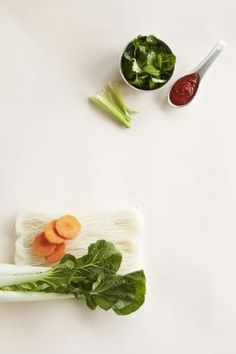 Resepti: Aasialainen pho-keitto | Mondo.fi Pho, Herbs, Japanese, Ethnic Recipes, Japanese Language, Herb, Spice