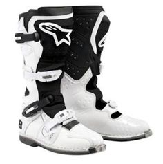White Tech 8 Light Boot by Alpinestars by Yamaha. Full Featured. AYC-12ATE-WH