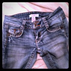 Candies Capri jeans Great condition!! Size 3 Candie's Jeans