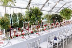 Vibrant hues of red come alive against the stark beauty of wedding white in this Palm Tree House. Wedding Set Up, Wedding White, Palm Trees, Planer, Vibrant, Romantic, Table Decorations, Red, House