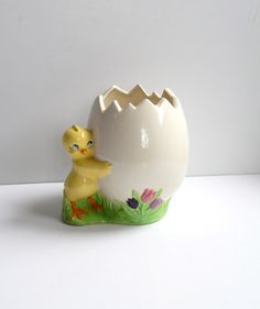 Funny and cute! Vintage Chick Planter  Chick Egg Ceramic  by Sugarcookielady
