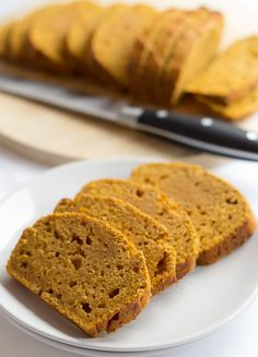 Pumpkin gingerbread! This is completely delicious, with a lovely moist texture, and a fantastic zingy ginger hit. Only 172 calories per slice, and low in fat too!