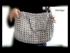Beautiful world: Home Decorations Pop Tab Purse, Pop Can Tabs, Can Tab Crafts, Diy Pochette, Reuse Plastic Bottles, Soda Tabs, Pop Cans, Recycled Fashion, Recycled Art