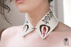 porcelain collar  www.the-awesome-project.tumblr.com