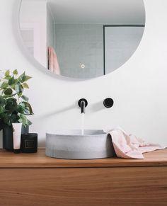 Home Bedroom, Bedroom Decor, Bathroom Interior Design, Interior Decorating, Earthy Home Decor, Upstairs Bathrooms, Bathroom Renos, Bathroom Inspiration, Home Decor Accessories