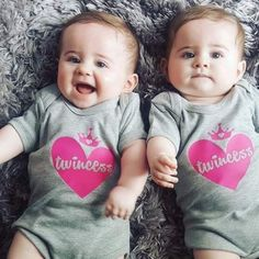 Adorable Cute Babies - Baby Insurance Plan - My Baby Smiles Twin Babies Pictures, Cute Baby Boy Photos, Twin Baby Photos, Cute Baby Twins, Cute Little Baby Girl, Twin Baby Girls, Cute Kids Pics, Cute Funny Babies, Cute Baby Videos