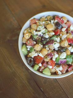 8 Easy Lunch Salad Recipes that  will have your energy on high all day