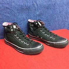 CONVERSE ALL STAR high tops black/pink .. w9 eu40 Minimal wear...no noticeable issues Converse Shoes