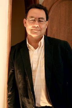 """Augusto Cury: """"Não devemos sofrer por antecipação"""" - http://epoca.globo.com/vida/noticia/2014/01/baugusto-curyb-nao-devemos-sofrer-por-antecipacao.html (Foto: Silva Junior/Folhapress)"""