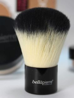 Retail $29.99 This best-selling Kabuki Brush is perfect for all over Mineral Foundation application. This super soft, dense brush distributes…