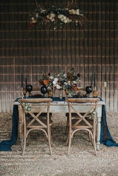 Moody late fall wedding inspiration | Image by Lindsay Nickel