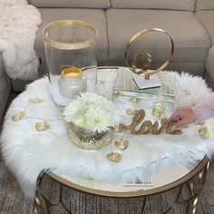 Diy, budget decor and weekly styling tuto Diy Home Decor On A Budget, Decorating On A Budget, Home Decor Items, Fancy Living Rooms, Glam Living Room, Table Decor Living Room, Home Decor Bedroom, Budget Bedroom, First Apartment Decorating