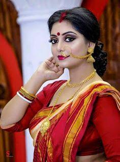 Exclusive stunning photos of beautiful Indian models and actresses in saree. Beautiful Women Over 40, Beautiful Girl Indian, Most Beautiful Indian Actress, Beautiful Models, Bengali Bridal Makeup, Indian Bridal Fashion, Beauty Full Girl, Beauty Women, Bengali Bride