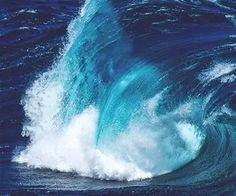 Un rêve de bleu,de fraîcheur, d'intensité, de tumulte, de force.
