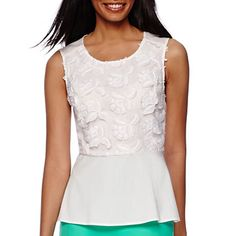 Just bought this today...love it for wearing with capris or jeans.
