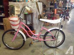 Vintage Schwinn Banana Seat Sting-Ray Girls Bike with Basket - for Sale in Lynchburg, Virginia Classified | AmericanListed.com