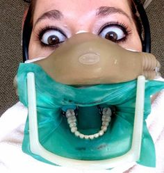 SELFIE DENTAL: La moda de la autofoto llega al consultorio dental   OdontoMemes