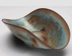 Gertrud  Otto Natzler – folded shape bowl