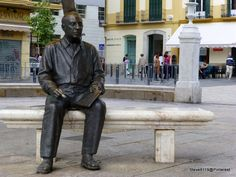 Picasso @ Malaga, Spain HAHA oh so many drunk pics with this statue