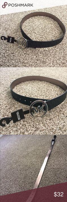 🌟NWT Michael Kors belt size small!🌟 NWT Michael Michael Kors belt size  small 71eb3b9b5239