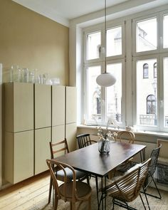 Bude, Blue Rooms, House Design, Colours, Restaurant, Ikea Hacks, Living Room, Kitchen, Table