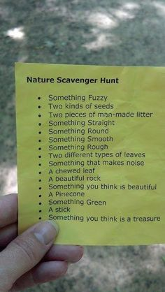 CAMPING SCAVENGER HUNT I like this idea to do with kids :) Scavenger hunts are so fun! - tomorrows adventures